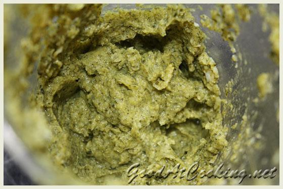 Замораживаем детское питание на примере пюре из броколли.