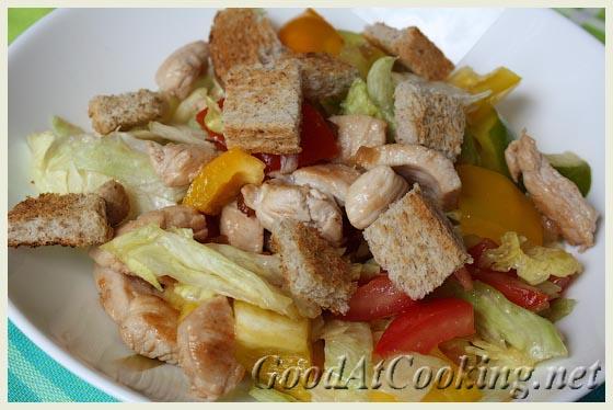 Рецепт салата Цезарь с индейкой с пошаговыми фотографиями