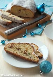 Рецепт рождественского штоллена с изюмом и цукатами с фото