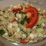 Салат с киноа и сыром тофу