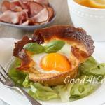 Корзинки из блинов с яйцом и грибами