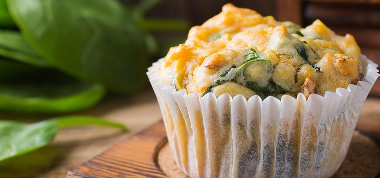 Recept van muffins met spinazie en zoeteaardappel
